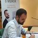 Entrevista a l'escritor oriol lugo en cami a l'Èxit